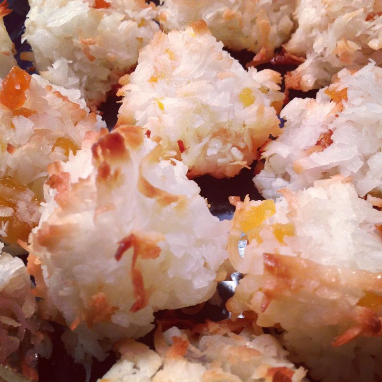 Coconut & Apricot Macaroons