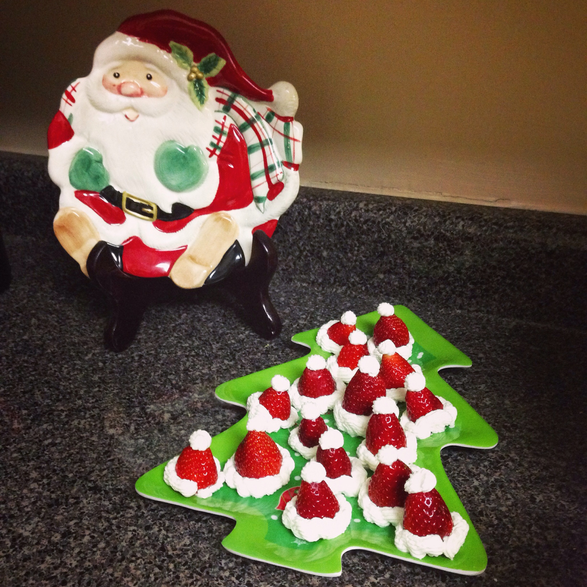 Strawberry christmas ornaments - This Holiday Season My Friend And I Decided To Host A Holiday Crafts Party We Gathered A Small Group Of Friends Together And Spent The Evening Noshing On